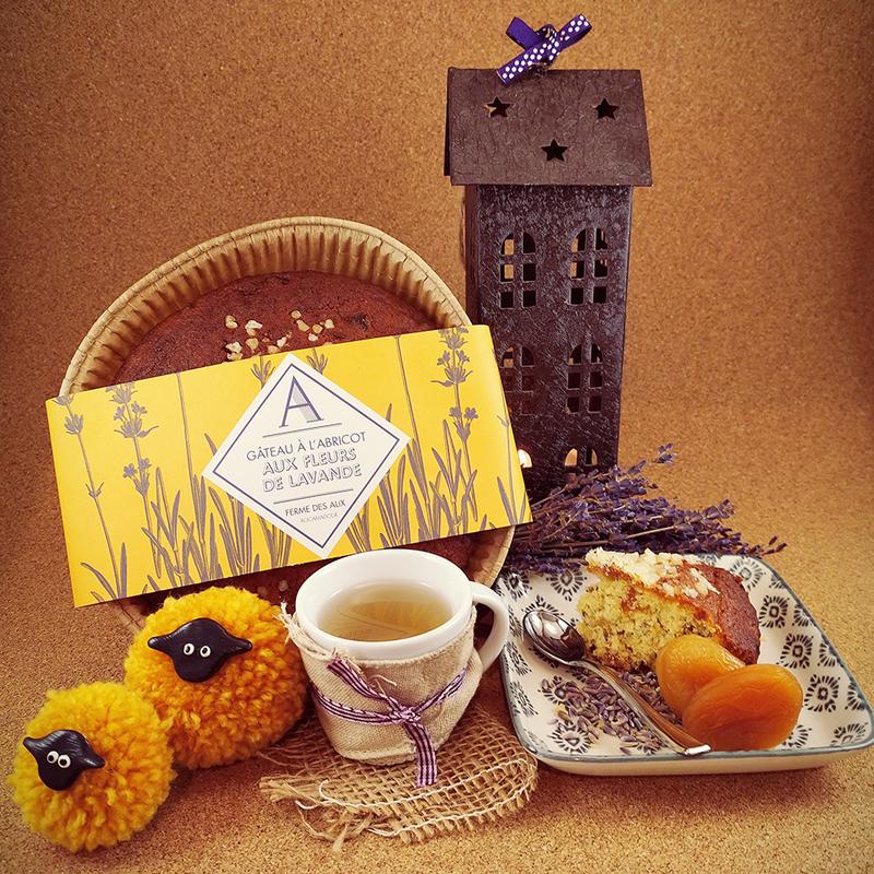 Gâteau abricot fleurs de lavande du Quercy
